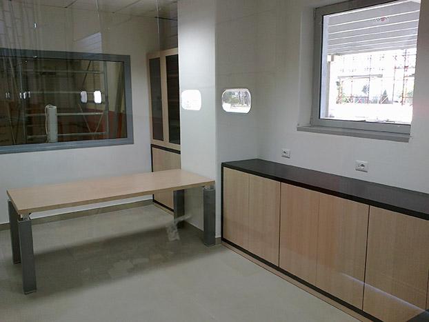 Arredamento Ufficio Cosenza : Arredo uffici e negozi falegnameria cosenza s.a.s.